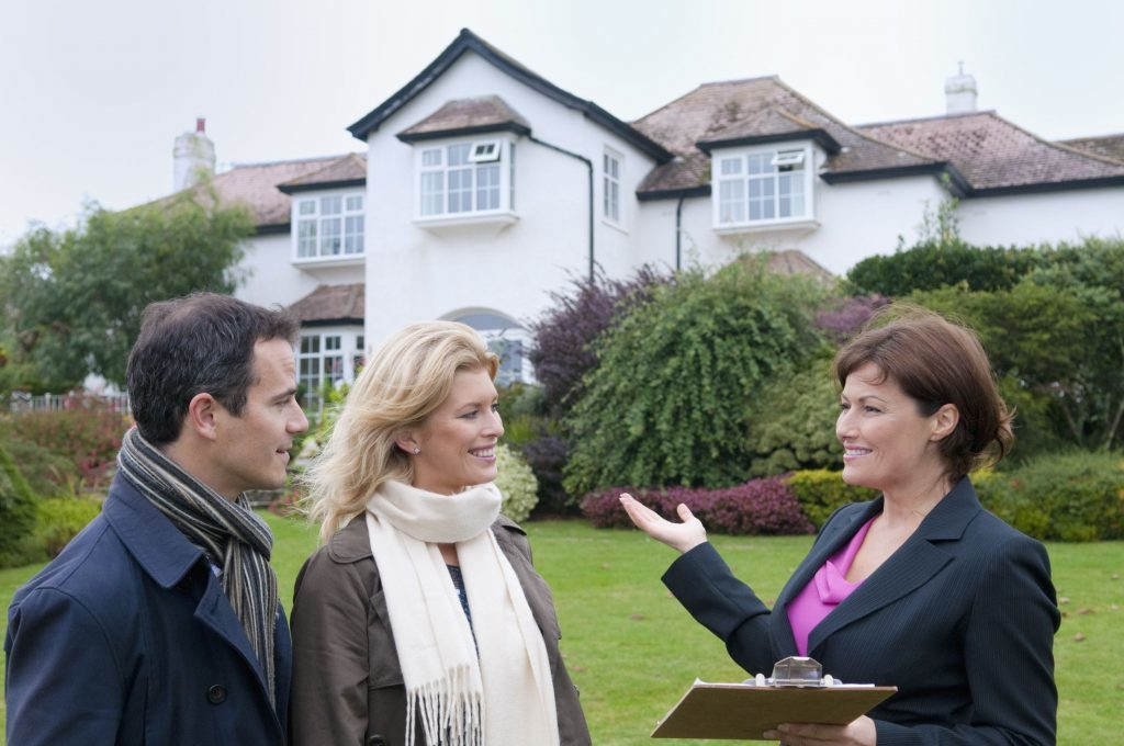 Things To Know When Hiring A Real Estate Broker